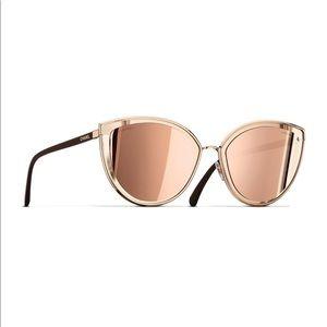 NEW, AUTHENTIC CHANEL 4222 Cat Eye Sunglasses
